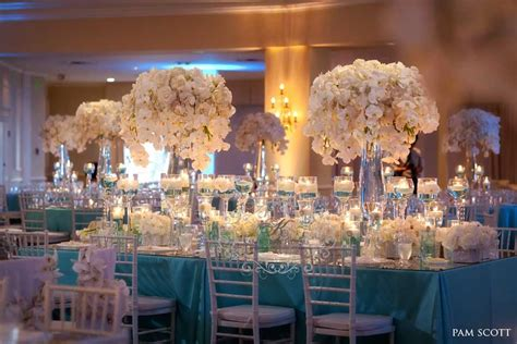 glamorous blue wedding at the hotel coronado