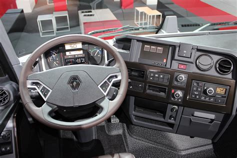 renault trucks 2014 t range renault trucks 2014 model launch dashboard