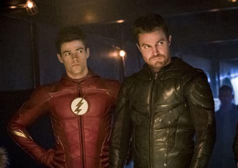 arrow renewed  cw  season  flash supernatural riverdale tvline