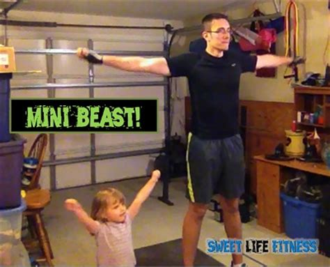 body beast bench body beast day 1 build chest and tris review