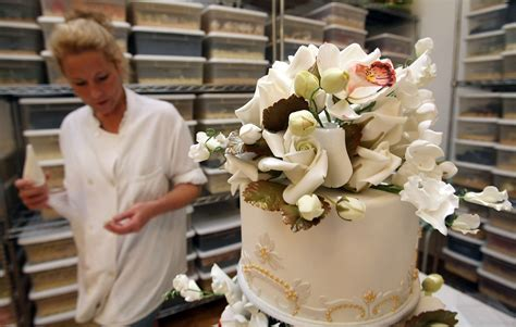 Best Places For Wedding Cakes In Metro Detroit « CBS Detroit