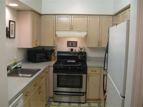 superb Galley Kitchen Makeovers Before And After #2: LWKN0513_before12.jpg
