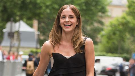 hair pubic thick emma watson emma watson is very open about her er hair down there