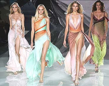 Donatella Versace To Design The Next Spice Tour Wardrobes Catwalk by Italy Of The Orient