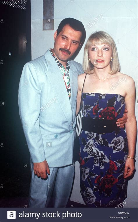 Kensington Garden Freddie Mercury And Mary Austin At Queen Party At London