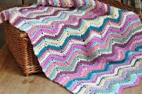 js blanket pattern ripple stitch blanket crochet pattern by hannah cross