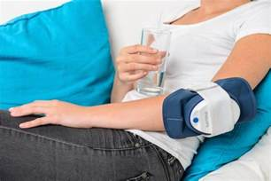 philips bluecontrol device fights psoriasis with light