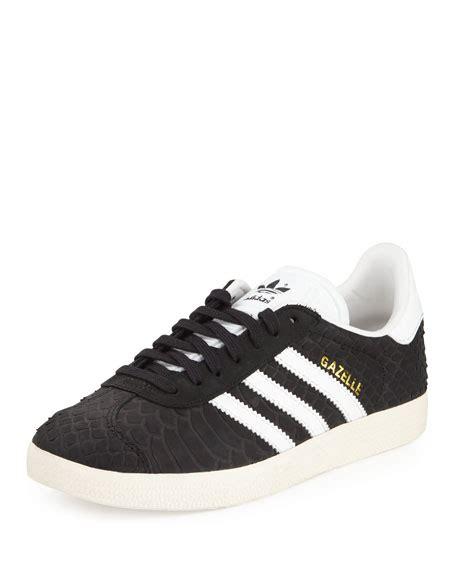 Sepatu Adidas Gazelle Black White Original Made In Indonesia Bnwb adidas gazelle original snake embossed sneaker black white neiman