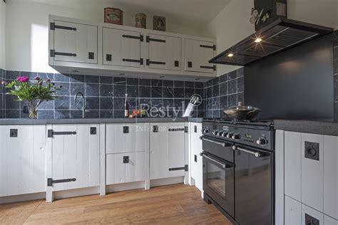landelijke keuken wit keuken wit trendy en stijlvol restylexl