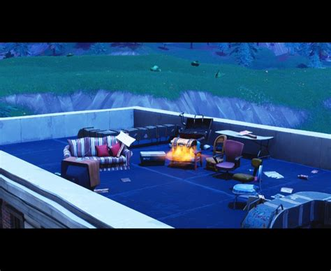 fortnite intel fortnite tv emergency broadcast points to meteor crash