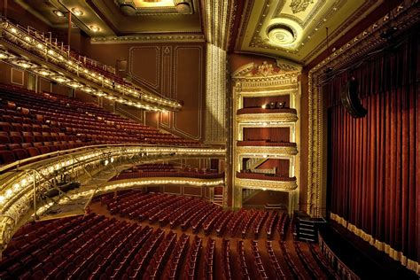 Rsna Floor Plan by The Top 10 Theaters In Chicago Urbanmatter