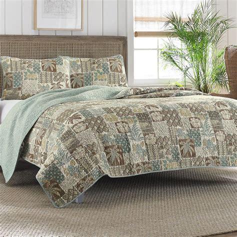 caymen 6 piece queen bedroom set 12 best images about bedding on pinterest starfish twin