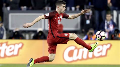 christian pulisic foot for his u s teammates christian pulisic is a talent
