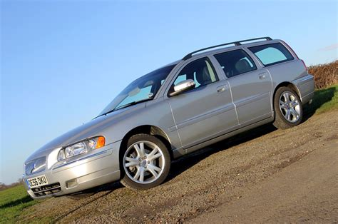 volvo v70 parkers volvo v70 estate review 2000 2007 parkers