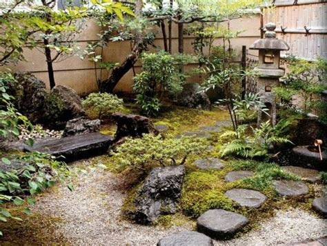 ideas for small garden spaces 25 best ideas about small japanese garden on