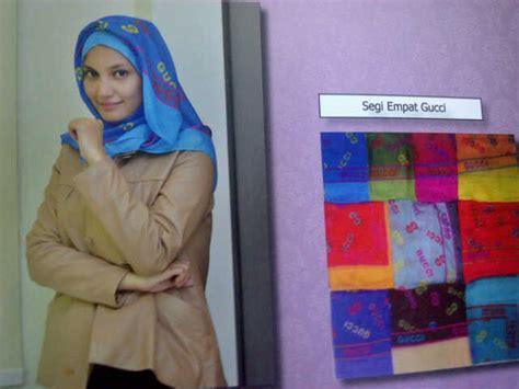 Kerudung Segi Empat Gucci Segiempat Gucci Jumbo 118 215 118 Grosir Jilbab Modern