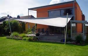 sonnensegel terrasse aufrollbar aufrollbare sonnensegel hohmann sonnenschutz