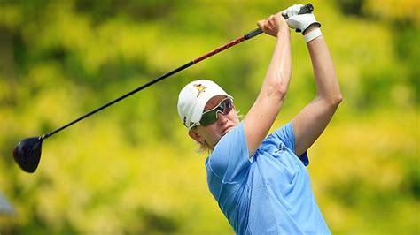 karrie webb golf swing yani tseng takes a swing at karrie webb s record herald sun