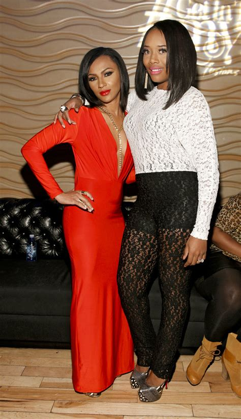 how old is tara from love and hip hop yandy smith and tara wallace photos photos love hip
