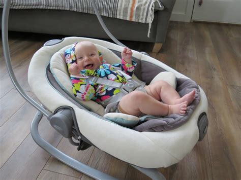 baby swing chair reviews graco duet soothe swing rocker review babygearlab