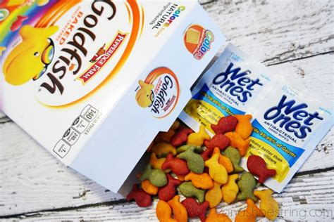 Parenting Relying On Goldfish For Help by Tips For Packing School Lunches With Ones 174 And