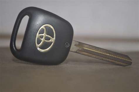 Ahli Kunci Semarang ahli kunci semarang mobil immobilizer duplikat kunci