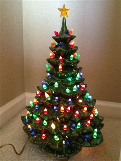 Pin By Carolyn Cook On Ceramic Christmas Trees Pinterest Vintage Ceramic Light Up Tree