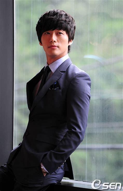 film drama nam goong min namgoong min 남궁민 upcoming kbs drama chief kim