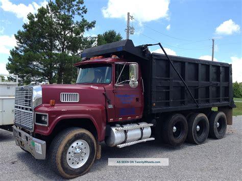 ford ltl 9000 dump truck 1996 ford ltl 9000 tri axle dump truck
