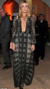 Would You Wear Mischa Bartons Clothes by The O C S Mischa Barton Takes Credit For Show S Designer