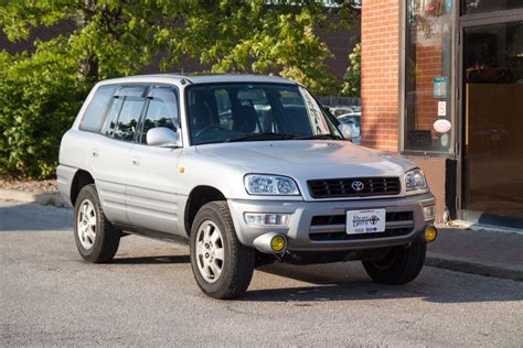 1998 toyota rav 4 1998 rhd toyota rav4 canada post rsmc vehicle