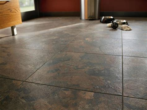 How Linoleum That Looks Like Wood Can Give The Impression