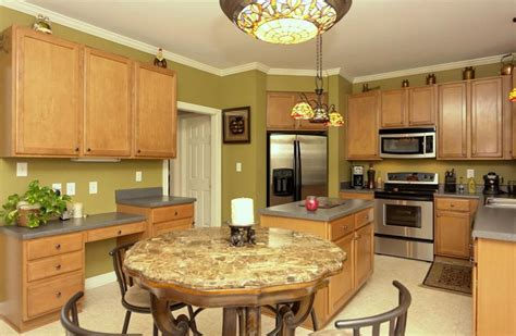 24 Beautiful Granite Countertop Kitchen Ideas Page 4 Of 5 25 Beautiful Kitchens With Dining Tables Page 4 Of 5