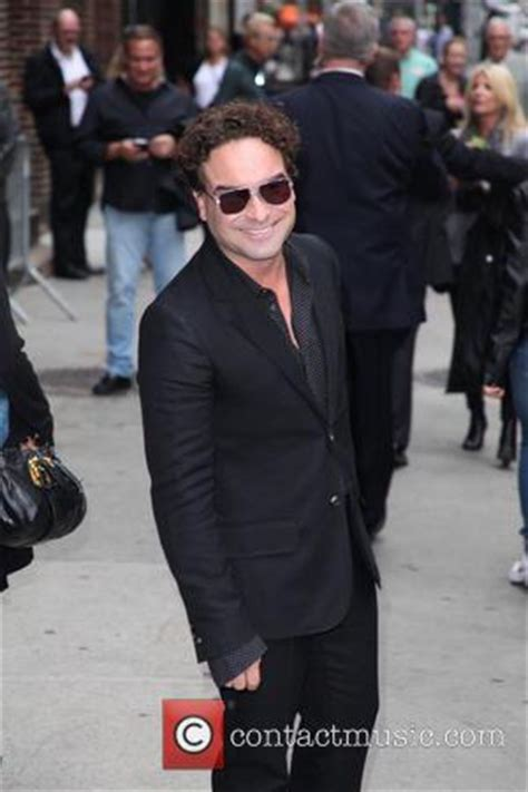 johnny galecki late late show johnny galecki johnny galecki quits smoking after 25