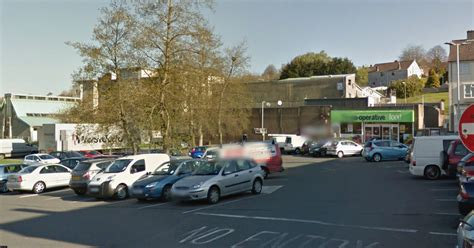herald plymouth uk s jaw broken in attack outside plymouth shop