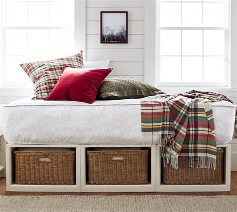 Pottery Barn Daybed Stratton Storage Platform Daybed With Baskets Pottery Barn