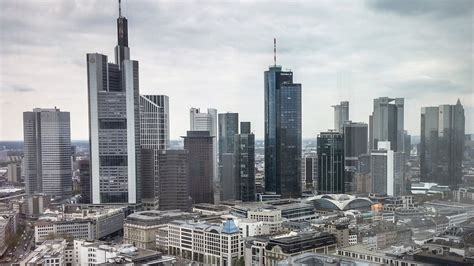 banken in hessen bev 246 lkerungs studie frankfurt j 252 ngste stadt in hessen
