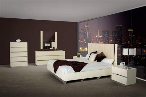 italian lacquer bedroom set luxor modern beige lacquer italian bedroom set star modern
