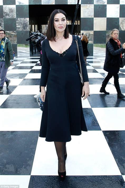 monica bellucci dior monica belluci flaunts her stunning cleavage at dior show