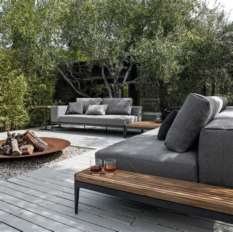 Outdoor Wohnzimmer by Grid Centre Unit Garden Sofas From Gloster Furniture