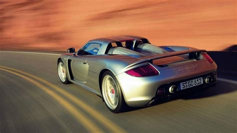 how things work cars 2004 porsche carrera gt lane departure warning motor1 com legends 2004 porsche carrera gt