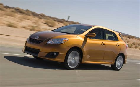 2009 toyota matrix reviews and rating motor trend 2009 toyota matrix review and rating motor trend