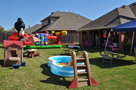 Minnie Mouse Backyard by Keeping Up With The Morgans Callie S Minnie Birthday