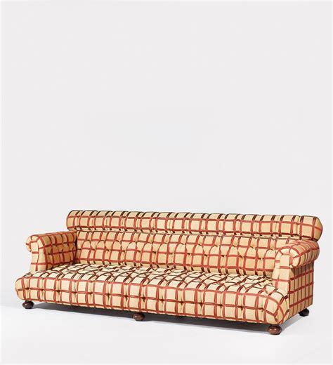 canap駸 confortables suite de deux canapes confortables christie s