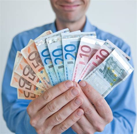 sinnvoll geld anlegen geldanlage anleger fl 252 chten in scharen aus geschlossenen