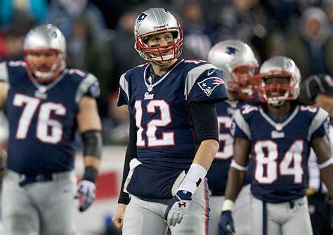 2013 new patriots 12 tom brady salute to service