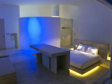 cool bedroom lighting ideas 20 cool bedroom lighting ideas for your home housely