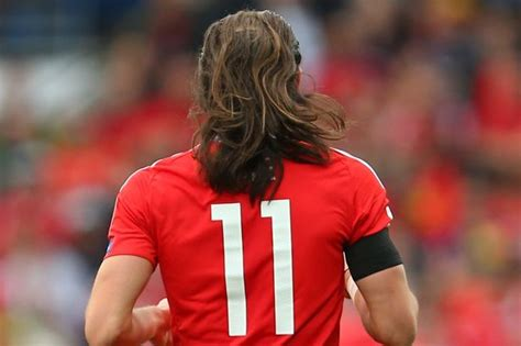 gareth bale disconnected hair how to get gareth bale s hair falls out of his man bun during wales