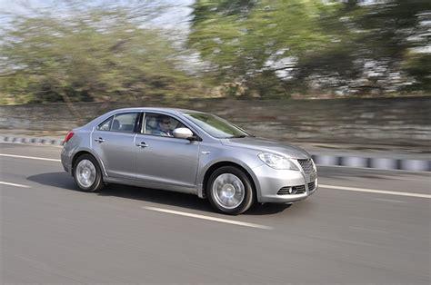 indian car on road maruti suzuki kizashi cvt and manual prices rs 17 5 lakh