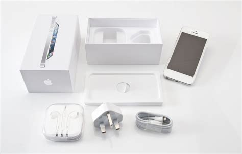 5 new year unboxing iphone 5 unboxing in pictures news pc advisor